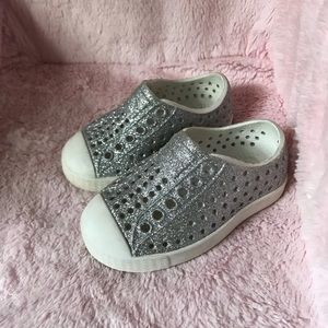 Silver Sparkle Natives Toddler Size 4